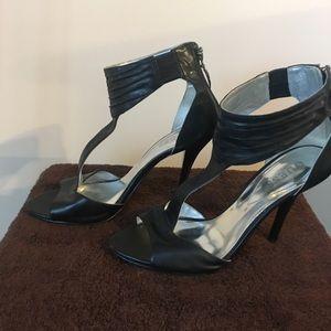 Black Guess Heels!